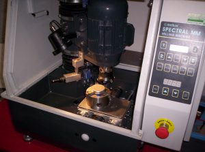 Spectral milling machine